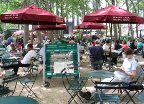 New york Bryant Park reading room