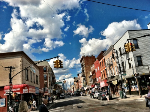 Manhattan_Avenue_greenpoint