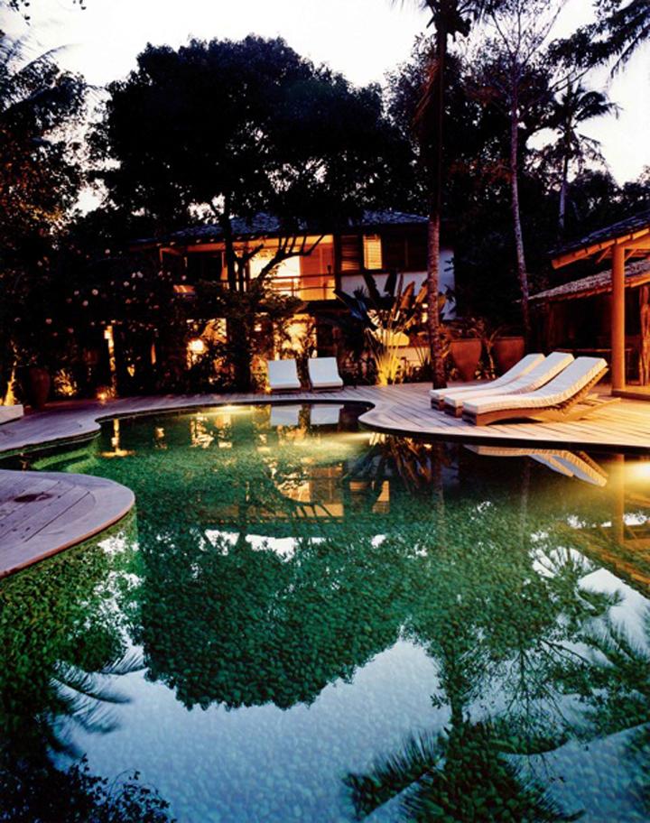 uxua_quartz_pool_stones