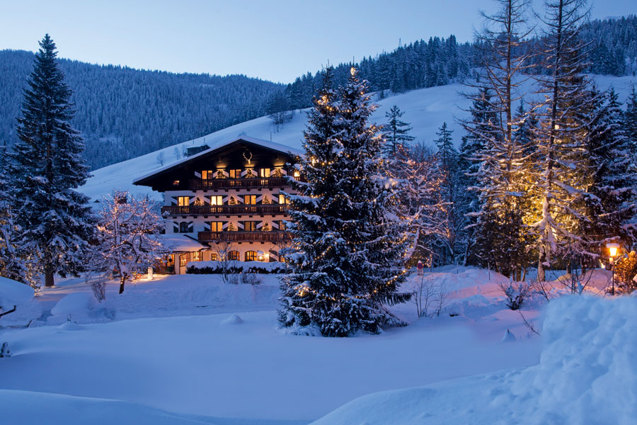 Jagdgut_wachtelhof_austria_ski_lodge_2