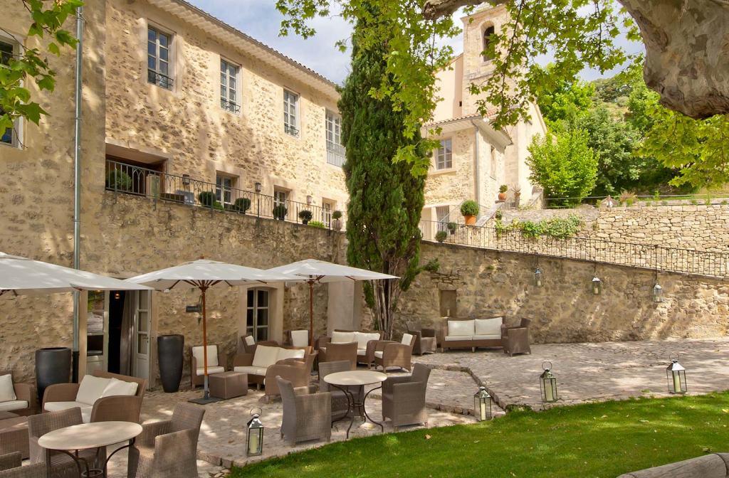 Provence_hotel_les-covent_des_minimes_exterior