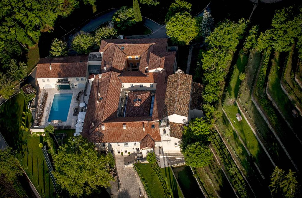 Provence_hotel_les-covent_des_minimes_ariel